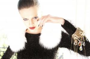 Модный тренд: макияж без бровей