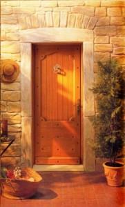 Пригласите удачу в дом - символика расположения и декора входных дверей