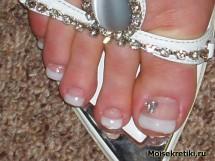 Наращивание ногтей на ногах