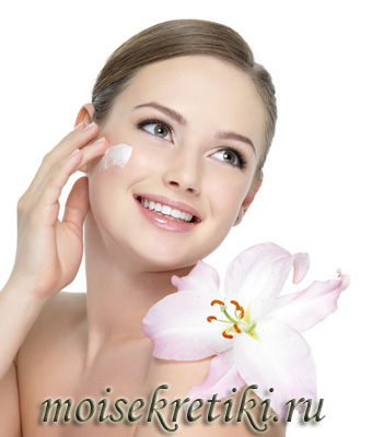 Как наносить крем вокруг глаз