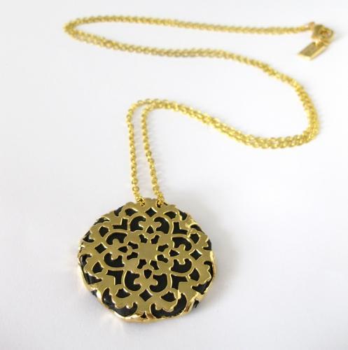 Золотые медальоны